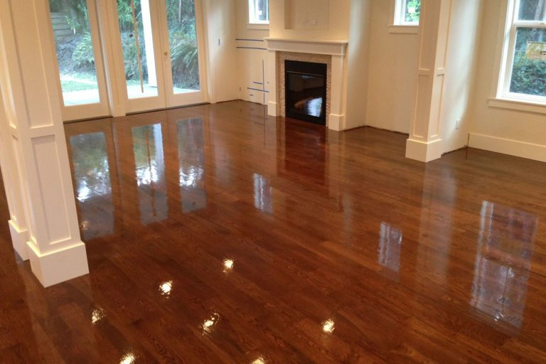 hardwood floors refinishing service